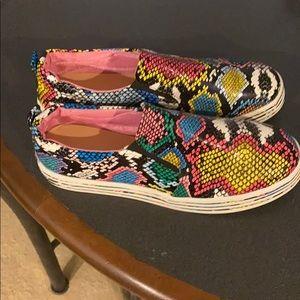 Cute colorful replica snake skin sneakers. Size 39